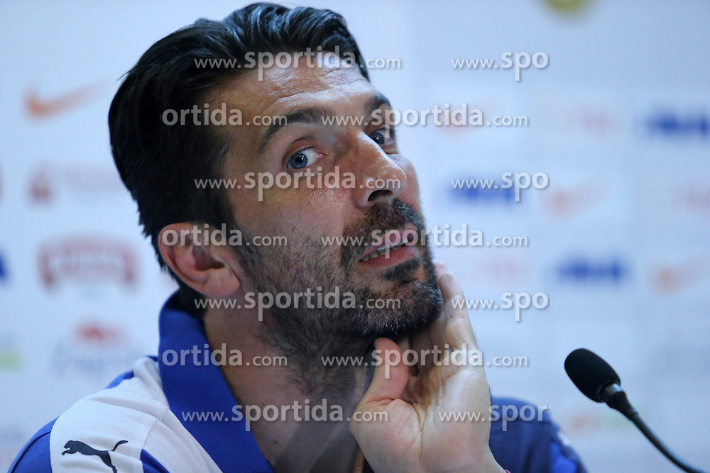 11.06.2015, Stadion Poljud, Split, CRO, UEFA Euro 2016 Qualifikation, Kroatien vs Italien, Gruppe H, Pressekonferenz Italien, im Bild Gianluigi Buffon // during press conference of team Italy pror to the UEFA EURO 2016 qualifier group H match between Croatia and and Italy at the Stadion Poljud in Split, Croatia on 2015/06/11. EXPA Pictures &copy; 2015, PhotoCredit: EXPA/ Pixsell/ Ivo Cagalj<br /> <br /> *****ATTENTION - for AUT, SLO, SUI, SWE, ITA, FRA only*****