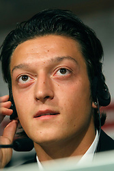 18.08.2010, Madrid, ESP, Real Madrid, Neuzugang Mesut Otzil, im Bild Mesut Ozil first press conference as new Real Madrid player. EXPA Pictures © 2010, PhotoCredit: EXPA/ Alterphotos/ Alex Cid-Fuentes +++++ ATTENTION - OUT OF SPAIN +++++. / SPORTIDA PHOTO AGENCY
