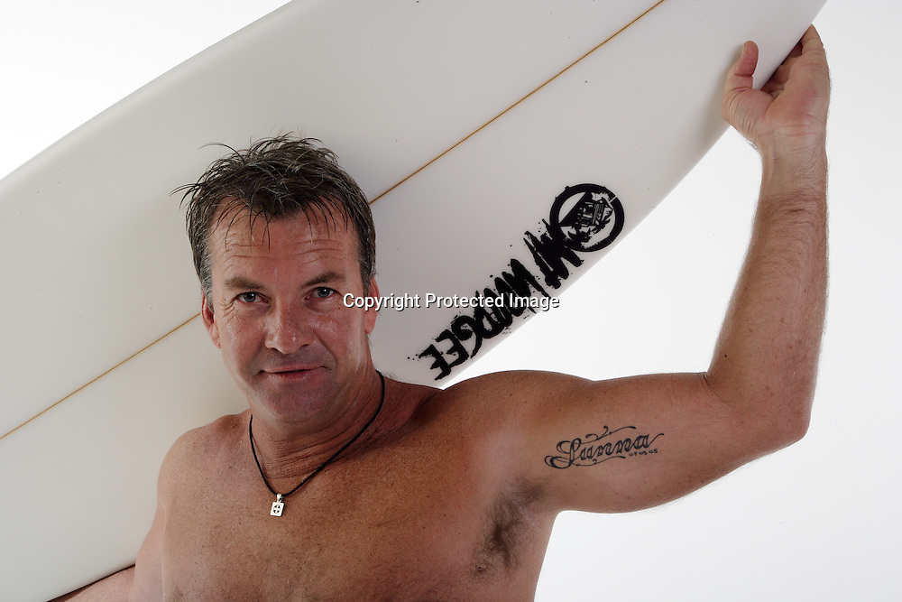 Surfer Gary Elkerton during a photoshoot. 23 May 2007. Photo: Andrew Cornaga/PHOTOSPORT