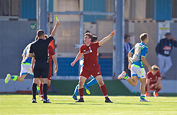 NAPLES, ITALY - Wednesday, October 3, 2018: Liverpool's Liam Coyle complains to the referee after Napoli score an injury time equalising goal, despite there being two balls on the pitch, during the UEFA Youth League Group C match between S.S.C. Napoli and Liverpool FC at Stadio Comunale di Frattamaggiore. (Pic by David Rawcliffe/Propaganda)