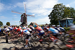 The peloton speed by at Boels Ladies Tour 2019 - Stage 1, a 123 km road race from Stramproy to Weert, Netherlands on September 4, 2019. Photo by Sean Robinson/velofocus.com