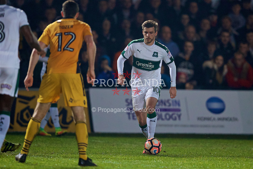 NEWPORT, WALES - Wednesday, December 21, 2016: Plymouth Argyle's Graham Carey in action against Newport County during the FA Cup 2nd Round Replay match at Rodney Parade. (Pic by David Rawcliffe/Propaganda)