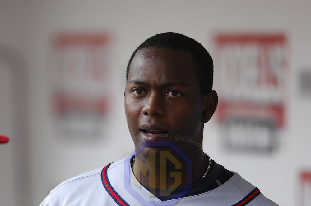 17 May 2006:  Atlanta Braves shortstop Edgar Renteria (11) in action against the Washington Nationals. The Nationals defeated the Braves 4-3 at RFK Stadium in Washington, D.C.
