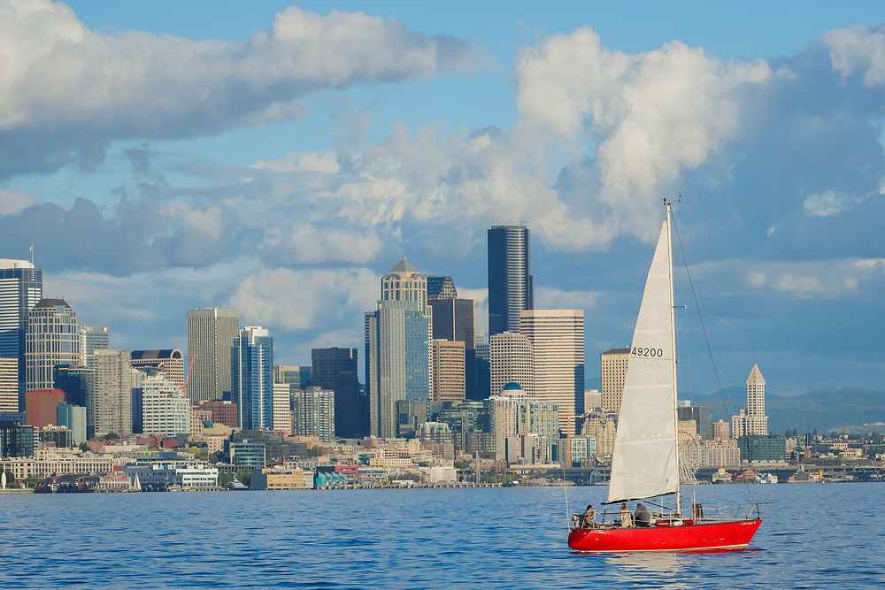 United States, Washington, Seattle, downtown skyline and sailboat in Elliott Bay
