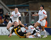 Wycombe, Great Britain, Wasps Mark VAN GISBERGEN, passes the ball after Falcon's Geoff PALING'S tackle, during the Guinness Premiership Game London Wasps vs Newcastle Falcon at Adams Park, England, on Sunday 25/11/2007   [Mandatory Credit. Peter Spurrier/Intersport Images]