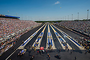 April 22-24, 2016: NHRA 4 Wide Nationals: NHRA 4 wide Funny Car eliminations.