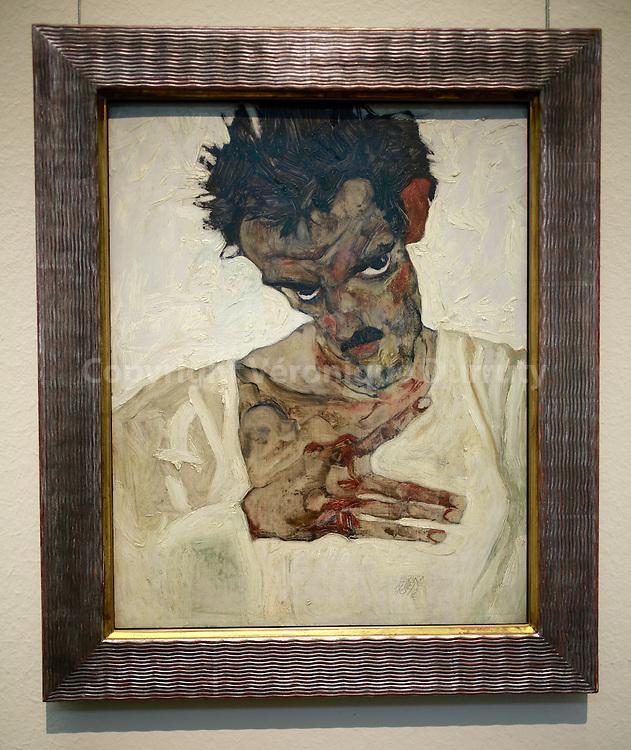 Egon Schiele, Self-portrait with lowered head, 1912, Leopold Museum, Vienna, Austria // Egon Schiele, Auto-portrait a la tete baissée, 1912, Musee Leopold, Vienne, Autriche