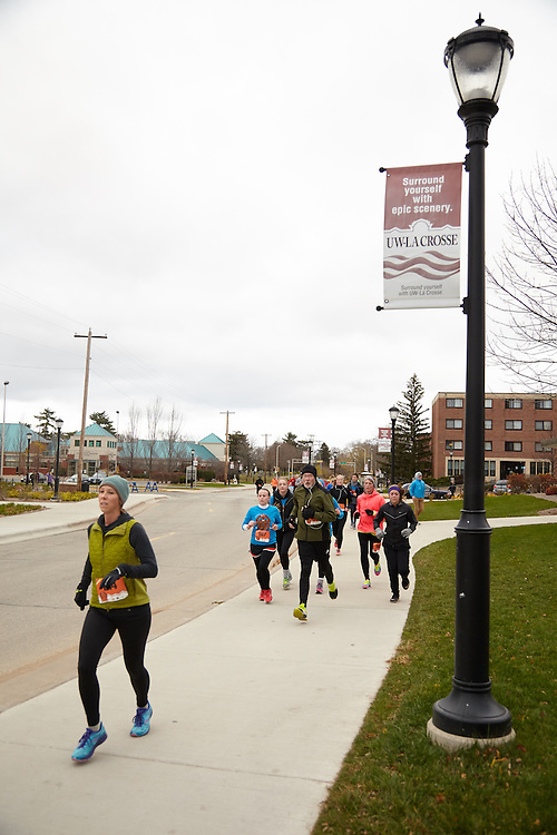 Location; Outside; People; Children; Time/Weather; cloudy; Type of Photography; Candid; UWL UW-L UW-La Crosse University of Wisconsin-La Crosse; Turkey Trot REC Recreation Eagles Center