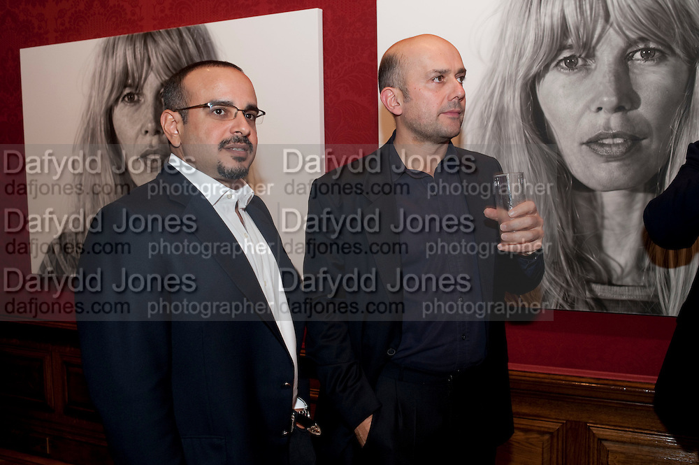 Prince Salman of Bahrain; Marc Quin, Capturing Claudia. Interpretations of Claudia Schiffer by leading contemporary artists for Harpers Bazaar magazine. Colnaghis Gallery. Old Bond st. and afterwards at Locanda Locatelli's restaurant. Portman sq. London. 2 November 2009.