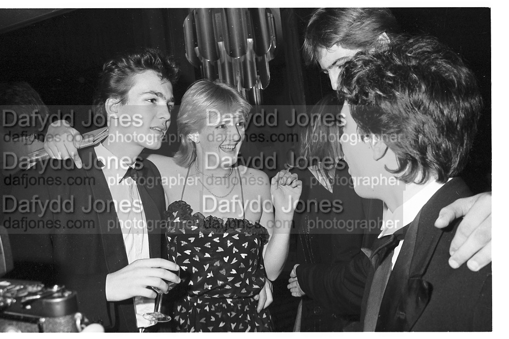 MAX WIGRAM; ALEXANDRA HESELTINE; , Blizzard Ball, London Hilton. 5 January 1982. <br /> <br /> SUPPLIED FOR ONE-TIME USE ONLY> DO NOT ARCHIVE. © Copyright Photograph by Dafydd Jones 248 Clapham Rd.  London SW90PZ Tel 020 7820 0771 www.dafjones.com