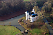 Nederland, Utrecht, Werkhoven, 10-01-2011 .Kasteel Beverweerd in de Kromme Rijn tussen Odijk en Werkhoven (gemeente Bunnik). Castle Beverweerd in the river Kromme Rijn between the villages Odijk and Werkhoven..luchtfoto (toeslag), aerial photo (additional fee required).foto/photo Siebe Swart