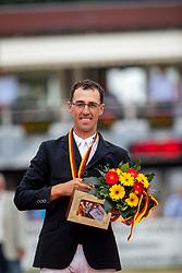 KÖLZ Michael (GER)<br /> Balve - Optimum Deutsche Meisterschaft Dressur und Springen 2018<br /> MeisterehrungFinale Deutsche Meisterschaft im Springreiten<br /> 10. Juni 2018<br /> © www.sportfotos-lafrentz.de/Stefan Lafrentz