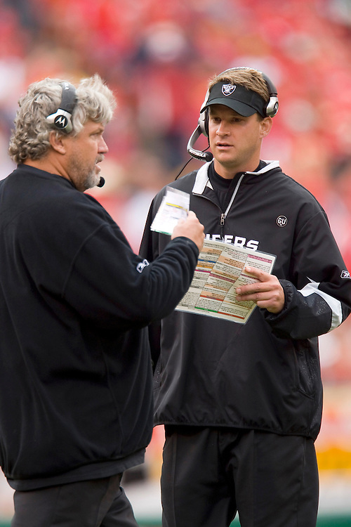KANSAS CITY, MO - SEPTEMBER 14:   Head Coach Lane Kiffin and Defensive Coordinator Rob Ryan of the Oakland Raiders talk on the sidelines during a game against the Kansas City Chiefs at Arrowhead Stadium on September 14, 2008 in Kansas City, Missouri.  The Raiders defeated the Chiefs 23-8.  (Photo by Wesley Hitt/Getty Images) *** Local Caption *** Lane Kiffin; Rob Ryan