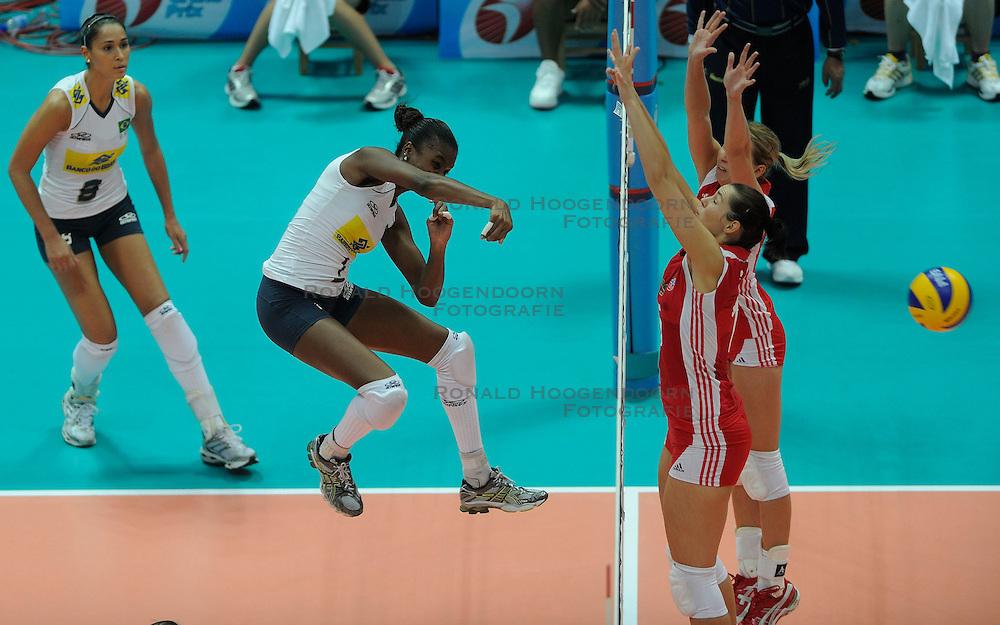 26-08-2010 VOLLEYBAL: WGP FINAL POLAND - BRAZIL: BEILUN NINGBO<br /> Brazil beat Poland 3-1 / Fabiana Claudino<br /> &copy;2010-WWW.FOTOHOOGENDOORN.NL