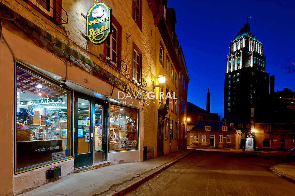 Blue hour on epicerie fine Richard and edifice price, Qu&eacute;bec city, Canada<br /> Heure bleue a l'epicerie fine Richard et edifice price, rue des Jardins, ville de Qu&eacute;bec, Canada