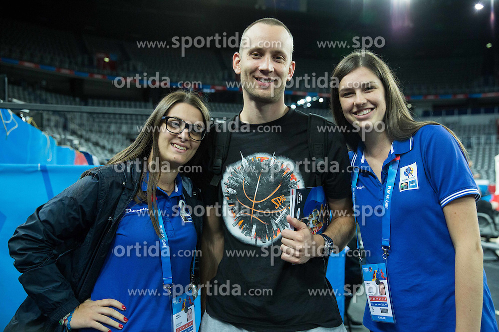 Gasper Potocnik,  assistant coach of Slovenia with volunteers during practice session of Team Slovenia at Day 3 in Group C of FIBA Europe Eurobasket 2015, on September 7, 2015, in Arena Zagreb, Croatia. Photo by Vid Ponikvar / Sportida