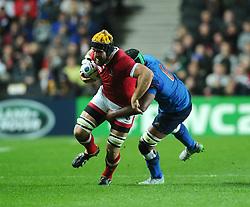 Thierry Dusautoir (c) of France tackles Richard Thorpe of Canada  - Mandatory byline: Joe Meredith/JMP - 07966386802 - 01/10/2015 - Rugby Union, World Cup - Stadium:MK -Milton Keynes,England - France v Canada - Rugby World Cup 2015