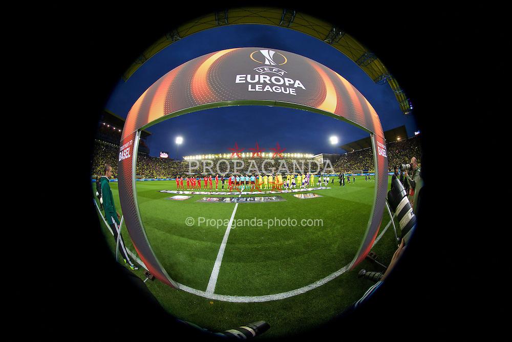 VILLRREAL, SPAIN - Thursday, April 28, 2016: Liverpool and Villarreal CF before the UEFA Europa League Semi-Final 1st Leg match at Estadio El Madrigal. (Pic by David Rawcliffe/Propaganda)