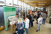 Ludwigshafen. 20.05.17 | BASF Tag der Ausbildung<br /> BASF Info Tag Ausbildung. Ausbildungsplätze können hier begutachtet werden.<br /> <br /> <br /> BILD- ID 0039 |<br /> Bild: Markus Prosswitz 20MAY17 / masterpress (Bild ist honorarpflichtig - No Model Release!)