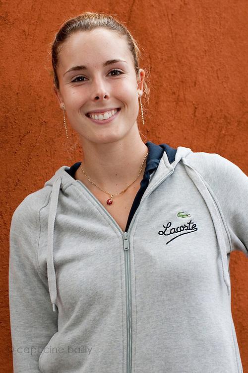 Roland Garros. Paris, France. 26 Mai 2010..La joueuse francaise Alize Cornet..Roland Garros. Paris, France. May 26th 2010..French tennis player Alize Cornet..