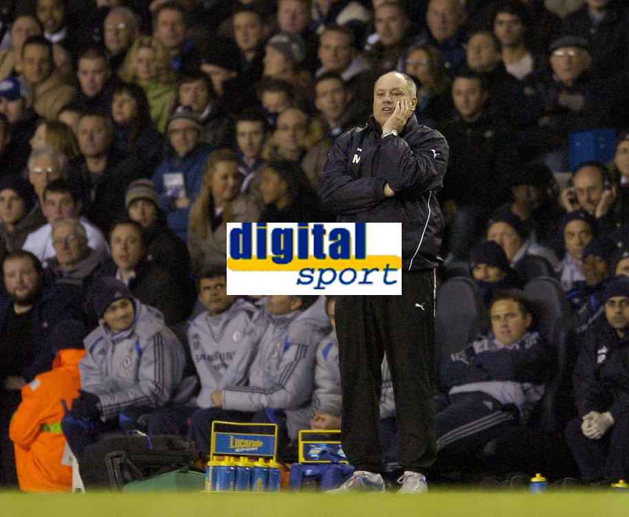 Photo: Olly Greenwood.<br />Tottenham Hotspur v Chelsea. The FA Cup, Quarter Final replay. 19/03/2007. Tottenham manager Martin Jol