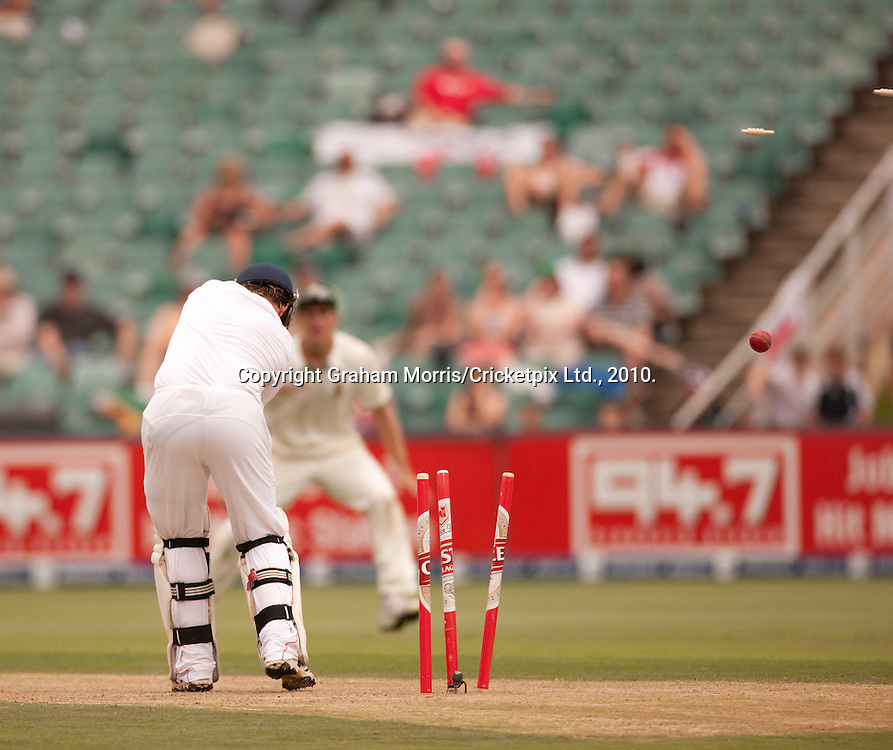 Ian Bell is bowled by Dale Steyn during the fourth and final Test Match between South Africa and England at the Wanderers Stadium, Johannesburg. Photograph © Graham Morris/cricketpix.com (Tel: +44 (0)20 8969 4192; Email: sales@cricketpix.com)