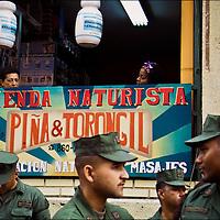 VENEZUELAN POLITICS / POLÍTICA VENEZOLANA<br /> Photography by Aaron Sosa<br /> Caracas - Venezuela 2005. <br /> (Copyright © Aaron Sosa)
