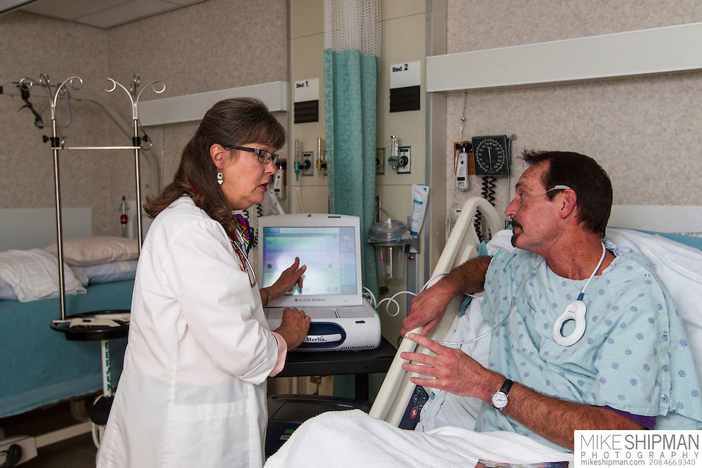 A nurse demonstrates the pacemaker programming procedure to a patient at the Boise Veterans Administration Medical Center, Robert Wood Johnson Foundation. MR