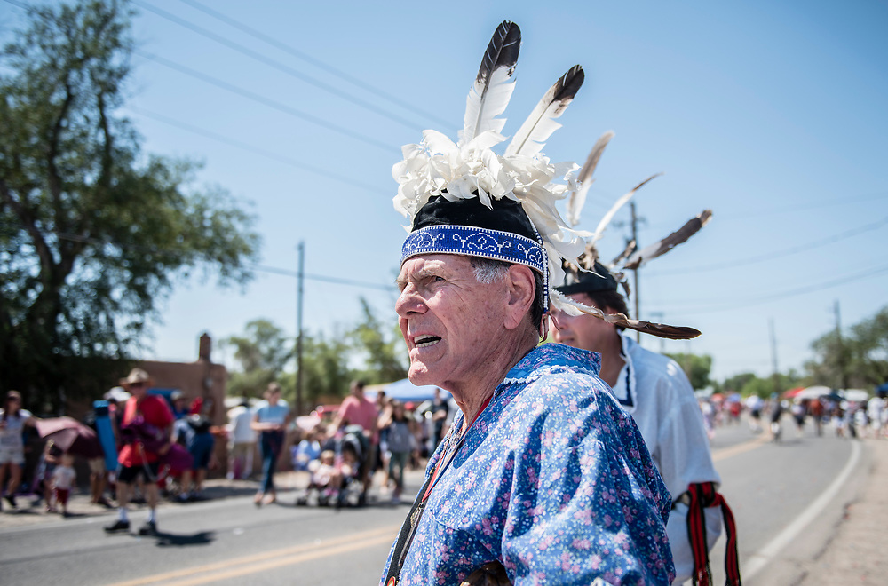 rer070417j/metro/July 04, 2017/Albuquerque Journal<br /> David Powless(Cq) of the Oneida Indian Nation walks in the 4th of July parade through the town of Corrales Tuesday morning. <br /> Albuquerque, New Mexico Roberto E. Rosales/Albuquerque Journal
