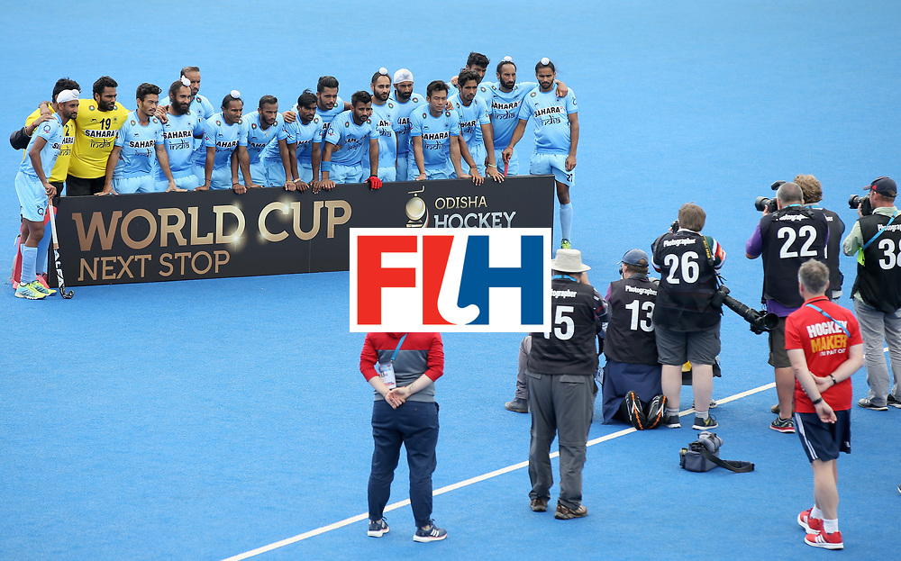LONDON, ENGLAND - JUNE 25:  India players pose for a photograph after the 5th/6th place match between India and Canada on day nine of the Hero Hockey World League Semi-Final at Lee Valley Hockey and Tennis Centre on June 25, 2017 in London, England.  (Photo by Steve Bardens/Getty Images)