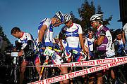 Cyclistes avant le départ du Gruyère Cycling Tour à Bulle. Velorennfahrer am Start der Gruyère Cycling Tour à Bulle. © Romano P. Riedo