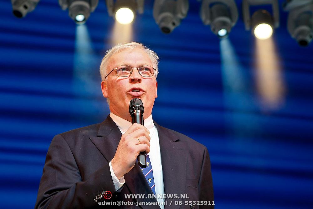 NLD/Amsterdam/20100114 - Uitreiking Twitteraar van het jaar 2009 prijs, directeur Carre Hein Jens