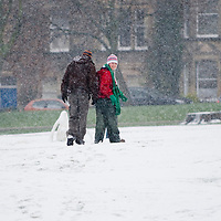 Edinburgh 3rd Jan 2008 Heavy snow is falling in Edinburgh and The Met Office issued a severe weather warning covering almost the entire country, with heavy snow predicted for much of Scotland