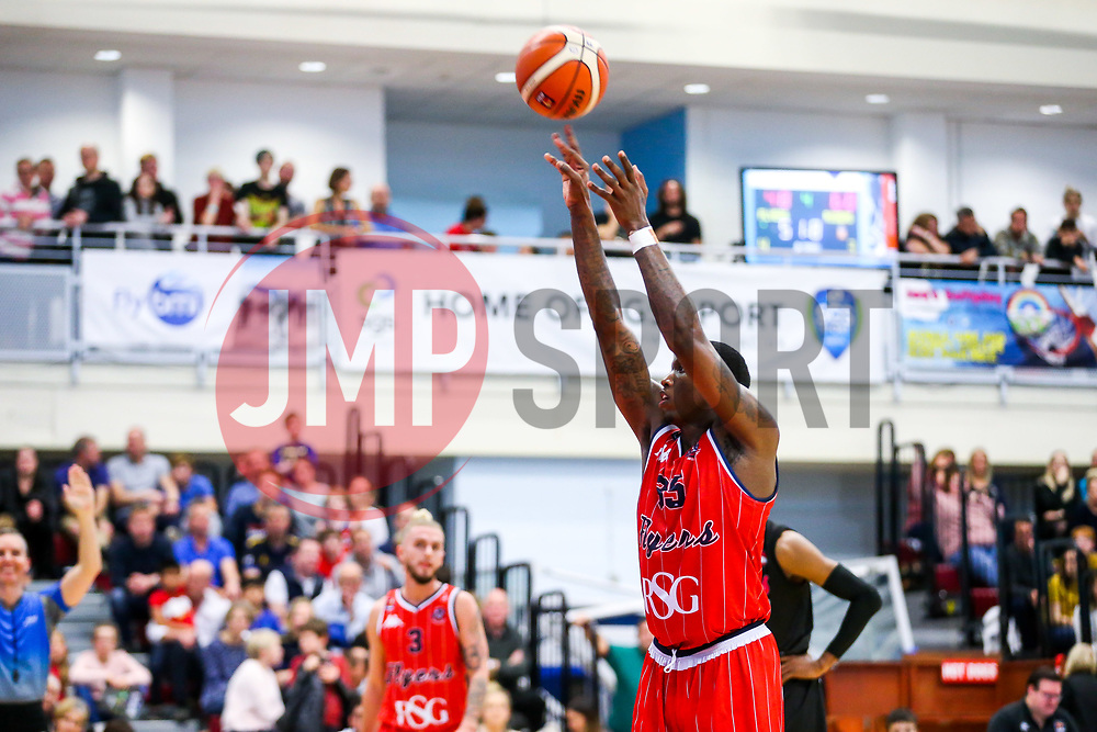Fred Thomas of Bristol Flyers - Rogan/JMP - 16/11/2018 - BASKETBALL - SGS WISE Arena - Bristol, England - Bristol Flyers v Leicester Riders - BBL Championship.