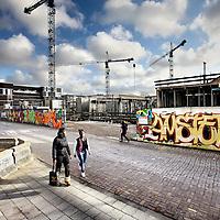 Nederland, Amsterdam , 23 januari 2012..Oostpoort het nieuwe woon- werkproject in Amsterdam Oost naast het Stadsdeelkantoor is in volle ontwikkeling...Foto:Jean-Pierre Jans