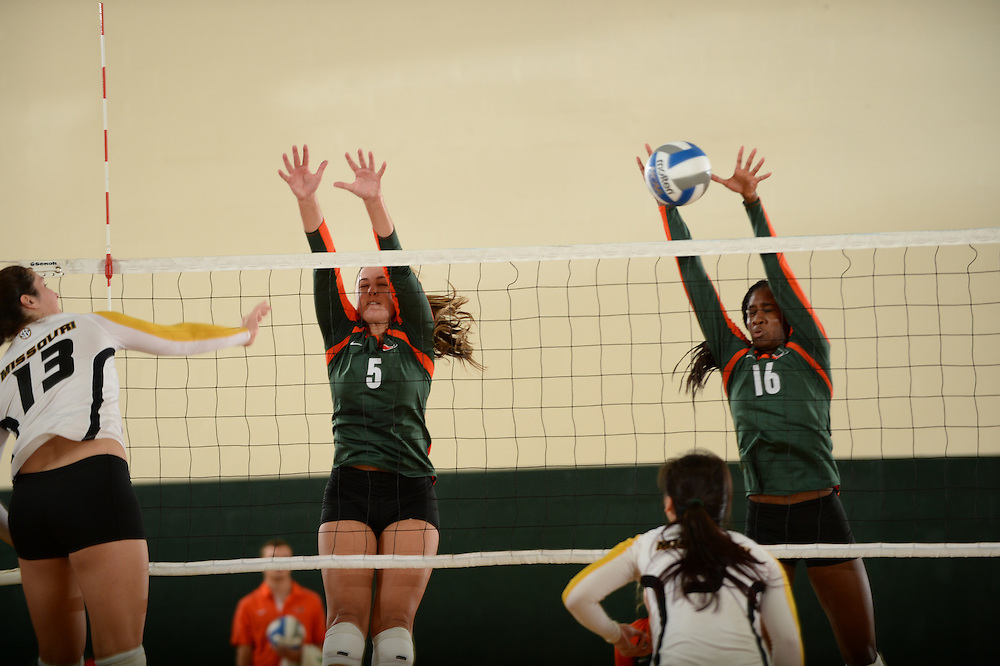 2014 Miami Hurricanes Volleyball vs Missouri
