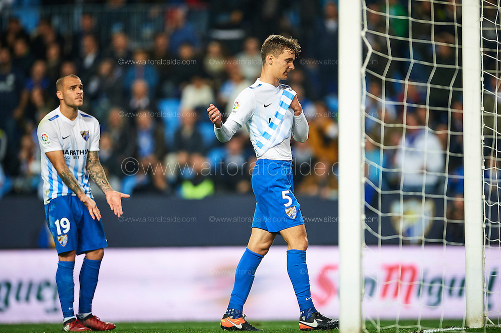 MALAGA, SPAIN - DECEMBER 09:  Diego Llorente of Malaga CF reacts after missing a chance of goal during La Liga match between Malaga CF and Granada CF at La Rosaleda Stadium December 9, 2016 in Malaga, Spain.  (Photo by Aitor Alcalde Colomer/Getty Images)