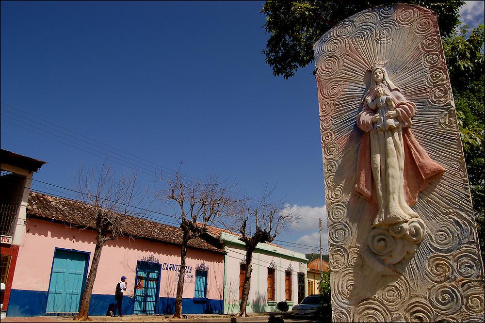 REPORTAJE DEL ESTADO SUCRE<br /> Rio Caribe, Estado Sucre - Venezuela 2007<br /> Photography by Aaron Sosa<br /> (Copyright &copy; Aaron Sosa)