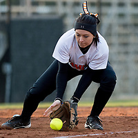 Softball_vs_IPFW
