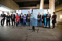 Nederland. Den Haag, 20 februari 2010.<br /> 05.05 uur, persconferentie Bos in ministerie van Financien, achtergrond, v.ln.l.r: minister van der Laan, staatssecretaris Klijnsma, staatssecretaris Albayrak, staatssecretaris Dijksma, minister Koenders, Bos, minister Plasterk, minister Cramer en fractievoorzitter Hamer.<br /> Premier Balkenende gaat het ontslag van zijn vierde kabinet indienen bij koningin Beatrix. Na een keiharde confrontatie in de ministerraad over de militaire missie in Uruzgan bleek rond vier uur 's nachts nog maar één conclusie mogelijk: aftreden.<br /> Foto Martijn Beekman
