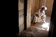 Egypt. Luxor. Deir el-Medina  -Deir el-Medina lies in a small valley between the western slope of the Theban mountain and the small hill of Qurnet Murai./  deir el Medina. Deir el-Medineh  temple . La vallee des artisans, avec le village et la necropole des ouvriers,   //  L0056049