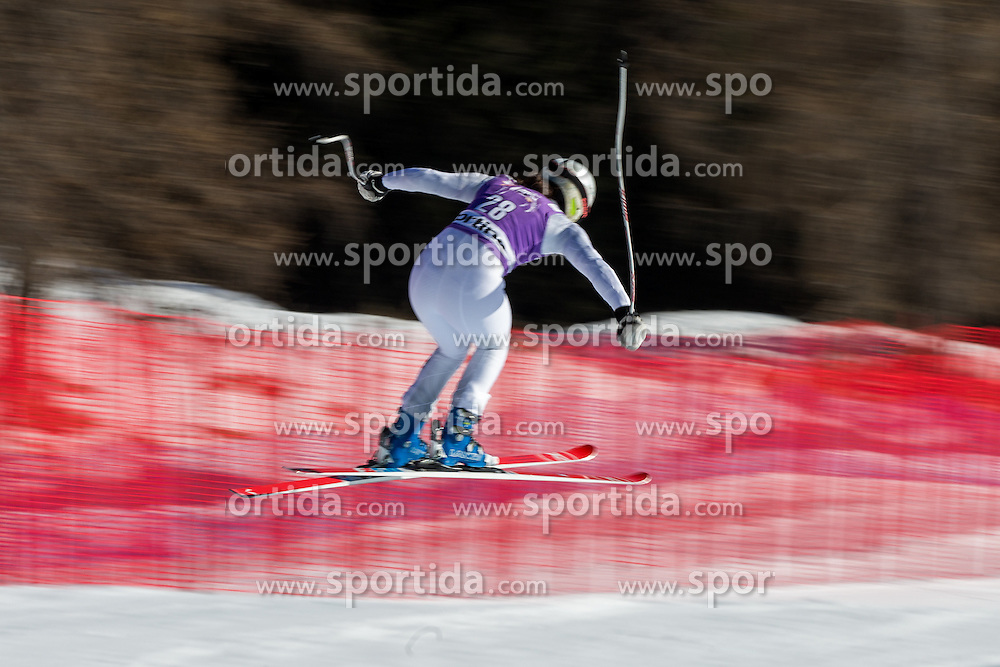 22.01.2016, Olympia delle Tofane, Cortina d Ampezzo, ITA, FIS Weltcup Ski Alpin, Abfahrt, Damen, 2. Training, im Bild Jacqueline Wiles (USA) // Jacqueline Wiles of the USA competes in the 2nd training run for the ladies Downhill of the Cortina FIS Ski Alpine World Cup at the Olympia delle Tofane course in Cortina d Ampezzo, Italy on 2016/01/22. EXPA Pictures © 2016, PhotoCredit: EXPA/ Johann Groder