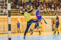 29.09.2018, Sporthalle Leoben-Donawitz, Leoben, AUT, HLA, Union JURI Leoben vs Sparkasse Schwaz HANDBALL TIROL, im Bild Jost Perovsek (Sparkasse Schwaz HANDBALL TIROL), Stephan Jandl (Union JURI Leoben) // during the Handball League Austria, match between Union JURI Leoben vs Sparkasse Schwaz HANDBALL TIROL at the sport Hall, Leoben, Austria, 2018/09/29, EXPA Pictures © 2018, PhotoCredit: EXPA/ Dominik Angerer