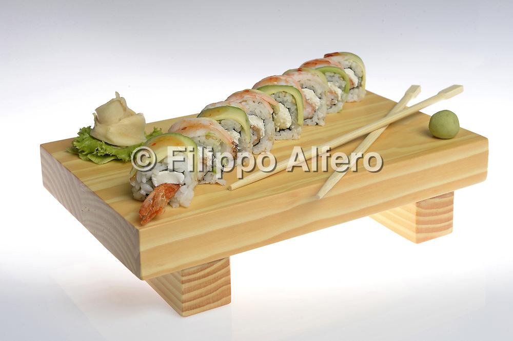 &copy; Filippo Alfero<br /> Kombu Sushi - still life Zoom Roll<br /> Torino, 01/07/2014<br /> varie azienda
