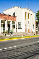 Prédio da Fundação Cultural de Jaraguá do Sul, onde funcionava a antiga estação ferroviária. Jaraguá do Sul, Santa Catarina, Brasil. / Fundacao Cultural de Jaragua do Sul building, where used to be the old railway station. Jaragua do Sul, Santa Catarina, Brazil.