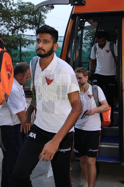 Sunrisers team arrival during match twenty five of the Vivo Indian Premier League 2018 (IPL 2018) between the Sunrisers Hyderabad and the Kings XI Punjab  held at the Rajiv Gandhi International Cricket Stadium in Hyderabad on the 26th April 2018.<br /> <br /> Photo by Saikat Das /SPORTZPICS for BCCI