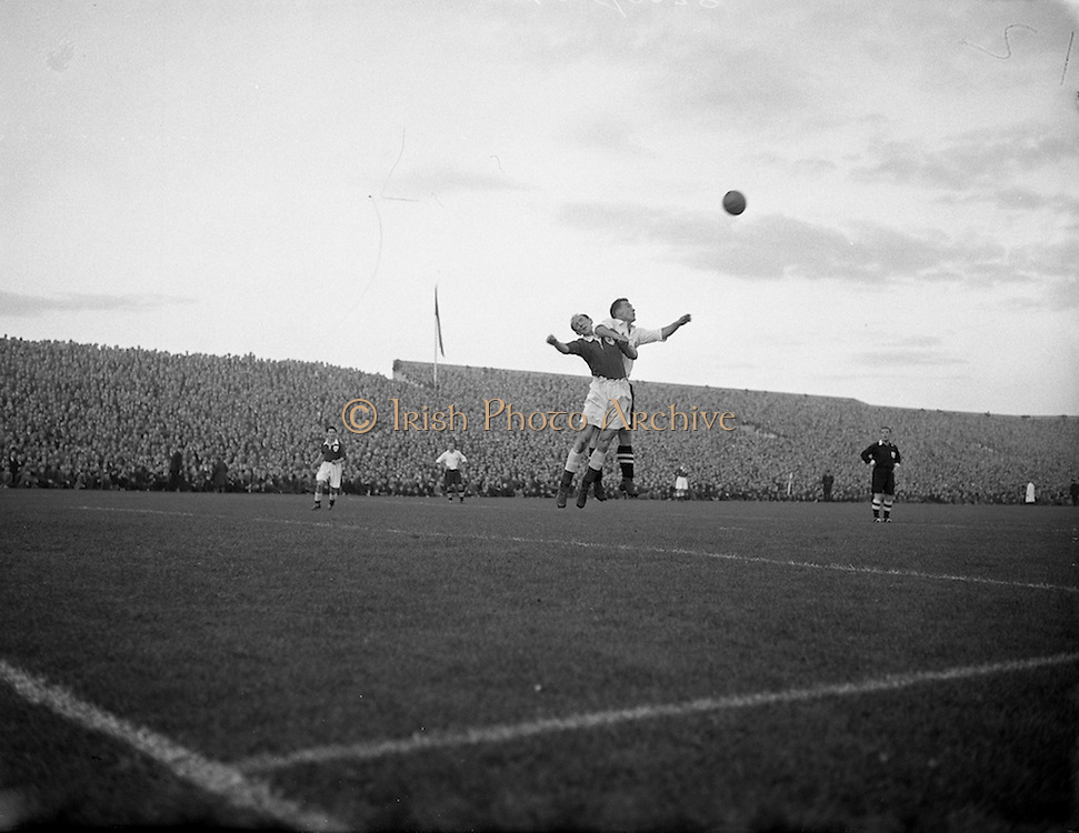 22/09/1954 <br />