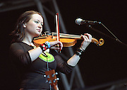 Eliza Carthy <br /> English folk musician and singer.<br /> WOMAD Festival, Reading, England, July 2003.