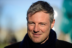 """© Licensed to London News Pictures. 19/11/2016. Richmond, UK. Former conservative MP ZAC GOLDSMITH attends the rally. . Campaigners take part in a demonstration against the expansion of Heathrow Airport and the building of a third runway. Former conservative MP Zac Goldsmith is due to take part in a series of events in which some activists have threatened """"direct action"""". Photo credit: Ben Cawthra/LNP"""