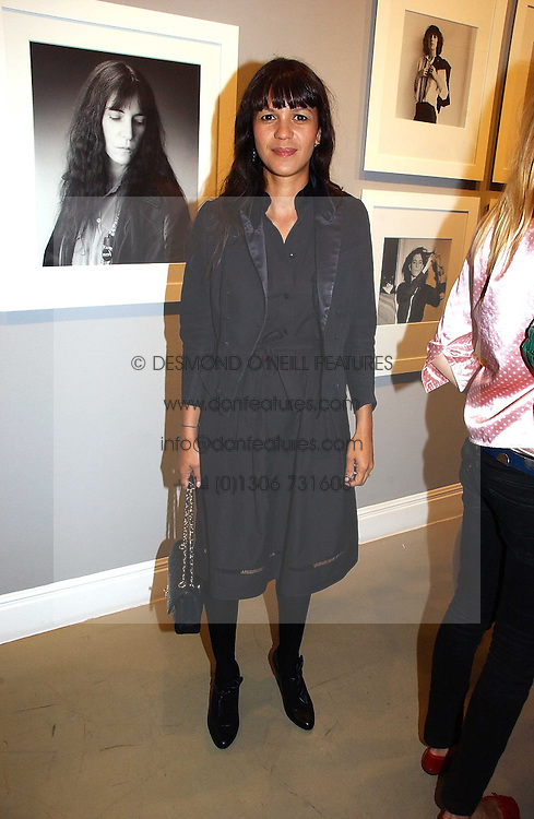 LISA MOORISH at an exhibition of photographs by the late Robert Mapplethorpe at the Alison Jacques Gallery, 4 Clifford Street, London W1 on 7th September 2006.<br />